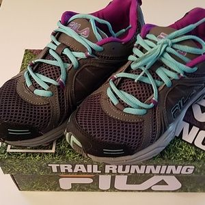 Fila trail running sneakers